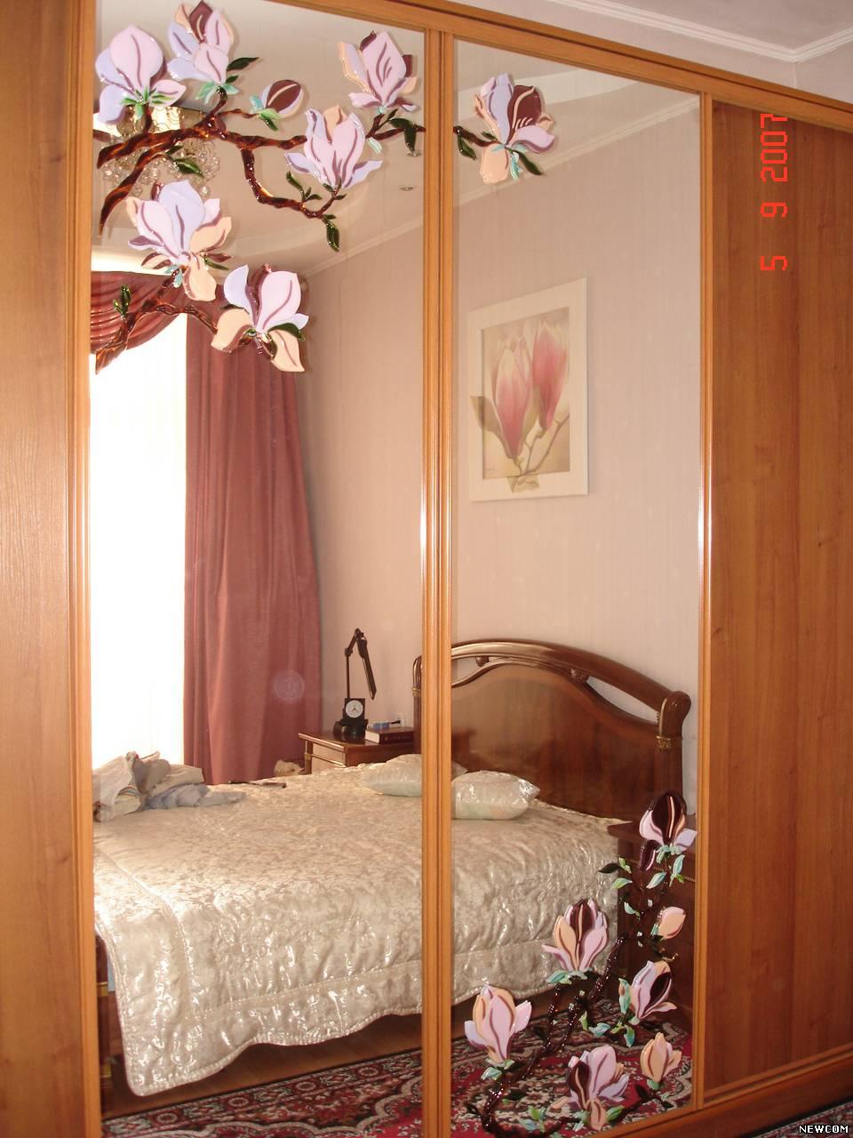 Декор зеркала на шкаф купе своими руками фото8